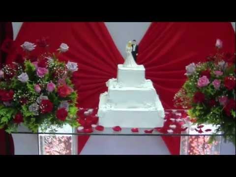 Mesa de bolo para locação casamento e 15 anos