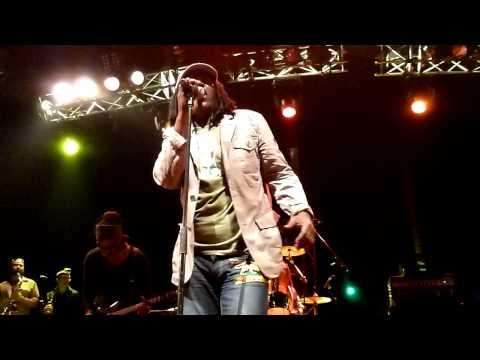 Alpha Blondy Cocody Rock ~ Politiqui Live in Montreal June 15, 2011