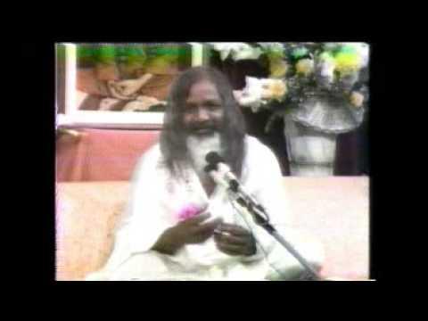 2/3. Buckminster Fuller and Maharishi Mahesh Yogi Part Two of Press Conference