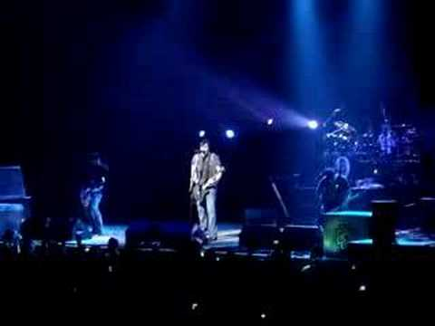 Breaking Benjamin - Diary of Jane LIVE -2rwGg8um4-Y