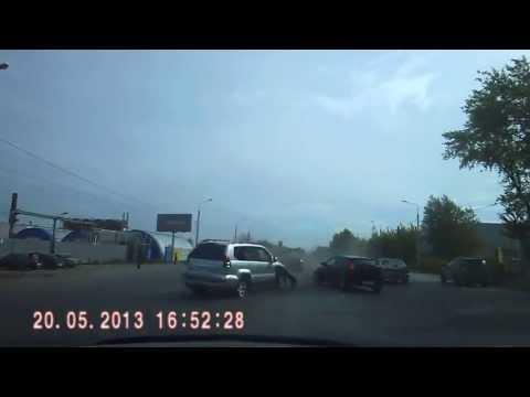 Авария Челябинск 20.05.2013