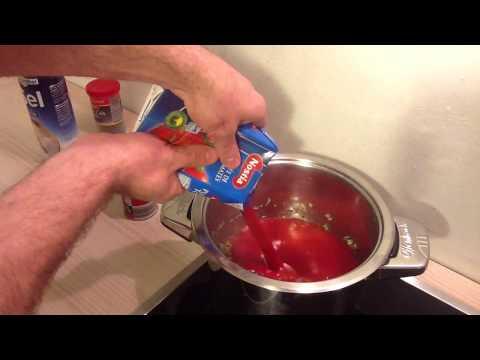 Faire une sauce Napolitaine / Recette sauce Napolitaine