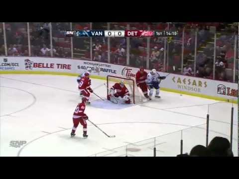 Daniel Sedin 1-0 goal vs Red Wings (Feb. 24, 2013)
