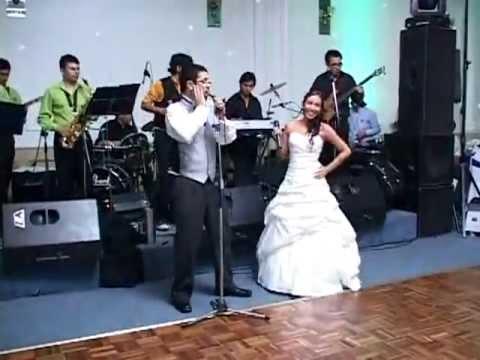 En Nuestro Matrimonio: Como Abeja al Panal (de Juan Luis Guerra)
