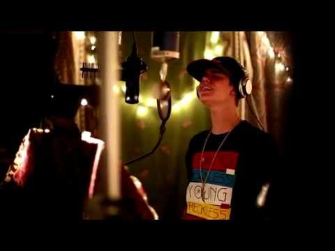 Justin Bieber - Making of BELIEVE - Beauty and the Beat