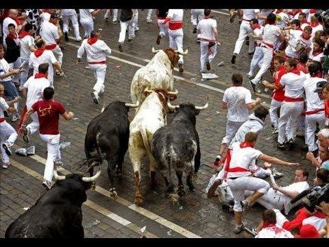 TERCER ENCIERRO San Fermin 2012 | Toros ganadería Cebada Gago | 9/7/2012