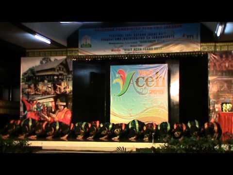 Tari Saman (TMII Anjungan  Aceh   tgl16 12  2012)   Al Azhar Kemang Pratama