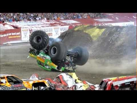 Truck Crash Compilation @ Monster Jam 2012 Tampa (720p)