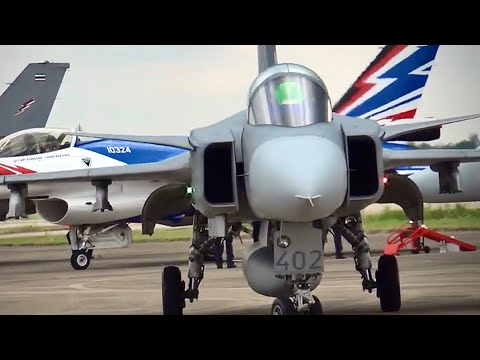 RTAF Gripen Solo Display @ Udon Thani