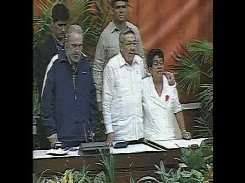 La Internacional, en el VI Congreso del Partido y cantada por Fidel Castro