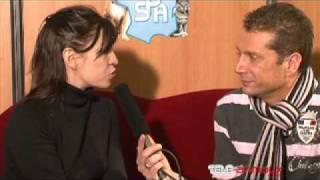 Jil CAPLAN chanteuse se livre au micro de Bruno SORIANO sur sa passion sur les animaux. Emotion.