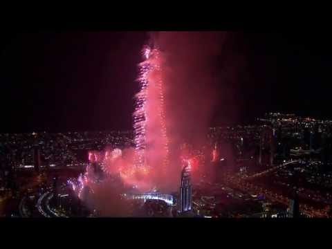 HD Burj Khalifa New Year's Eve Amazing Fireworks DUBAII 2013 1080p