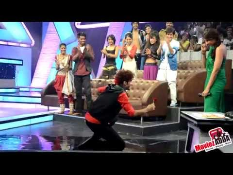 Croc Roaz Proposed Bipasha On The Sets Of DID 3
