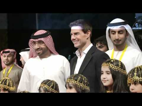 MISSION IMPOSSIBLE: GHOST PROTOCOL: Tom Cruise Walking the Red Carpet at the World Premiere in Dubai