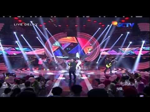 Ada Gajah di Balik Batu (Live)