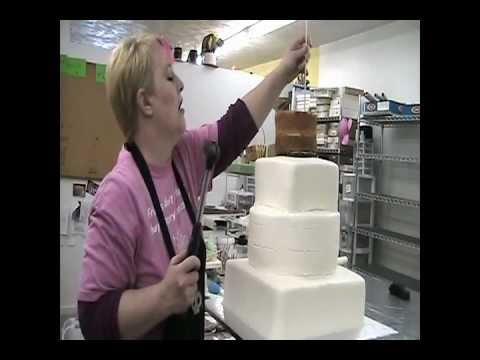 How to Stack and Ice a Wedding Cake Part 4