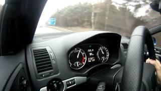 Skoda Octavia RS 2.0 TFSI DSG rozpędza się na autostradzie do 140