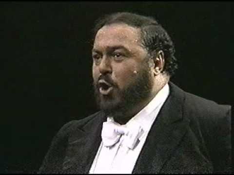 Luciano Pavarotti. 1987. Di quella pira. Madison Square Garden. New York