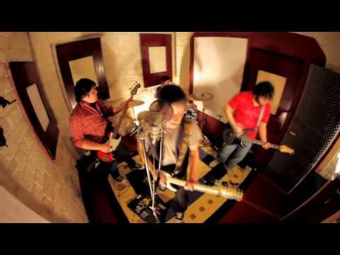 NUEVO !!! Ivar Williams - Voy - Videoclip Oficial HD