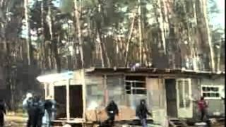 За срубленные деревья рабочим сожгли экскаватор
