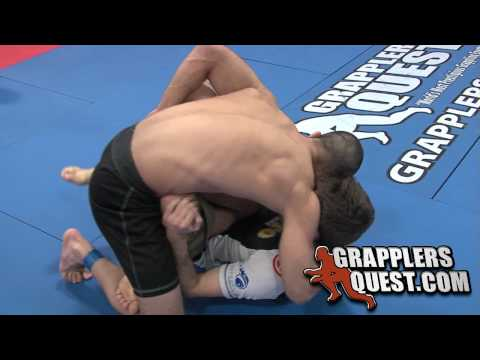 Ryan Hall vs Isac Chaves No-Gi Battle at Grapplers Quest 2010 Beast of the East