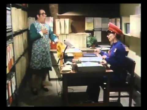 The Two Ronnies - The Worm That Turned (4 of 8)