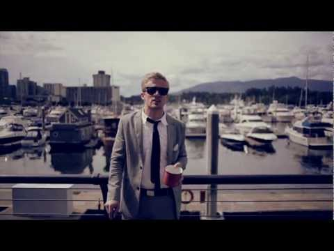Astronautalis - Contrails (feat. Tegan Quin of Tegan & Sara)