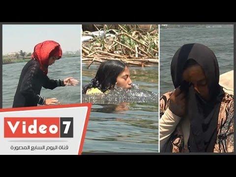 فيديو: مأساة أسرة مصرية تعيش في قارب للصيد