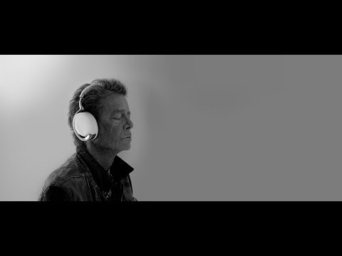Lou Reed's interview for Parrot Zik headphones - parrot