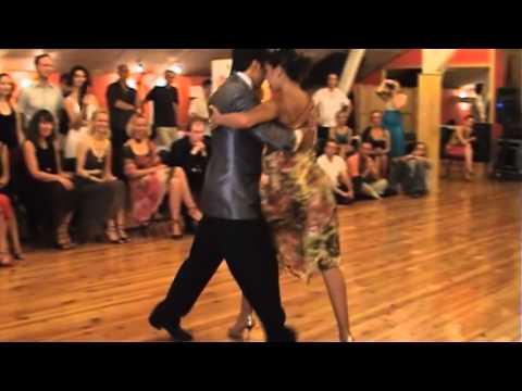 Sebastian Achaval y Roxana Suarez 3/4 (July 9, 2011)