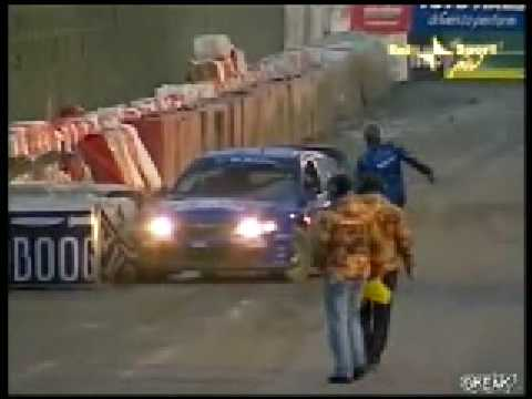 dumb-racer-fails-to-ghost-ride 1