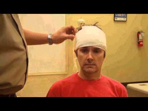 Bandaging   Head Bandage