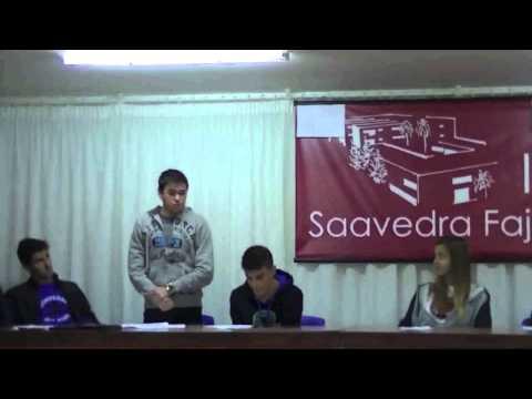 Debate sobre espectáculos taurinos realizado por alumnos de bachillerato del IES Saavedra Fajardo.
