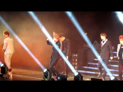[fancam] AIA K-POP live in hong kong (Beast-shock)