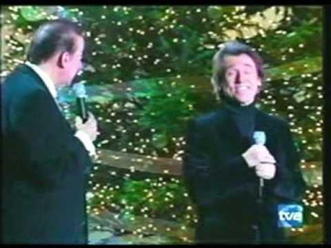 "RAPHAEL y Luis Aguile, ""Ven a mi casa esta navidad"" [HQ] - www.raphaelfans.com"