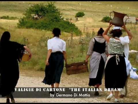 """Valigie di cartone """"The italian dream"""" foto di scena"""