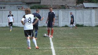 В Житомире бойцы ВДВ обыграли в футбол звезд шоу-бизнеса