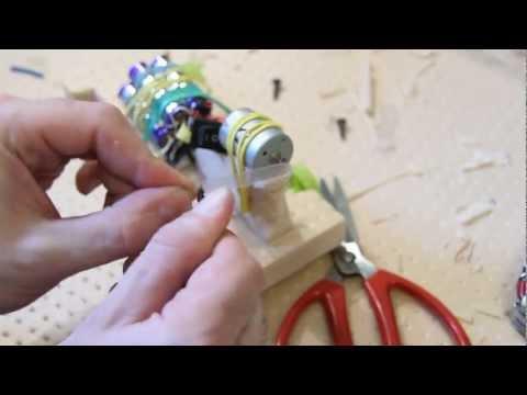 Поделки из моторчиков своими руками в домашних условиях видео
