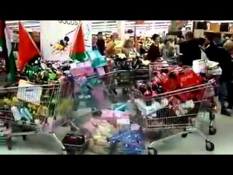 People In Belfast Boycotting (Israeli Goods) In Sainsbury's  8/8/14