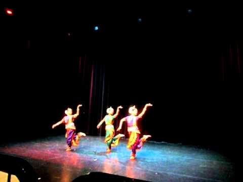 Odissi: Megh Pallavi; Sapna Sehravat, Ayushi Sharma, Neena Jayarajan