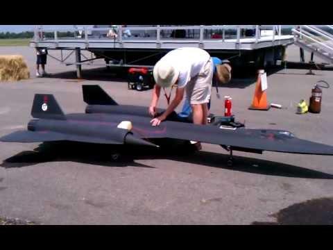 Jet World Masters 2011 SR 71 - UC-sdmZIgEKxc9-1J2ekt1xg