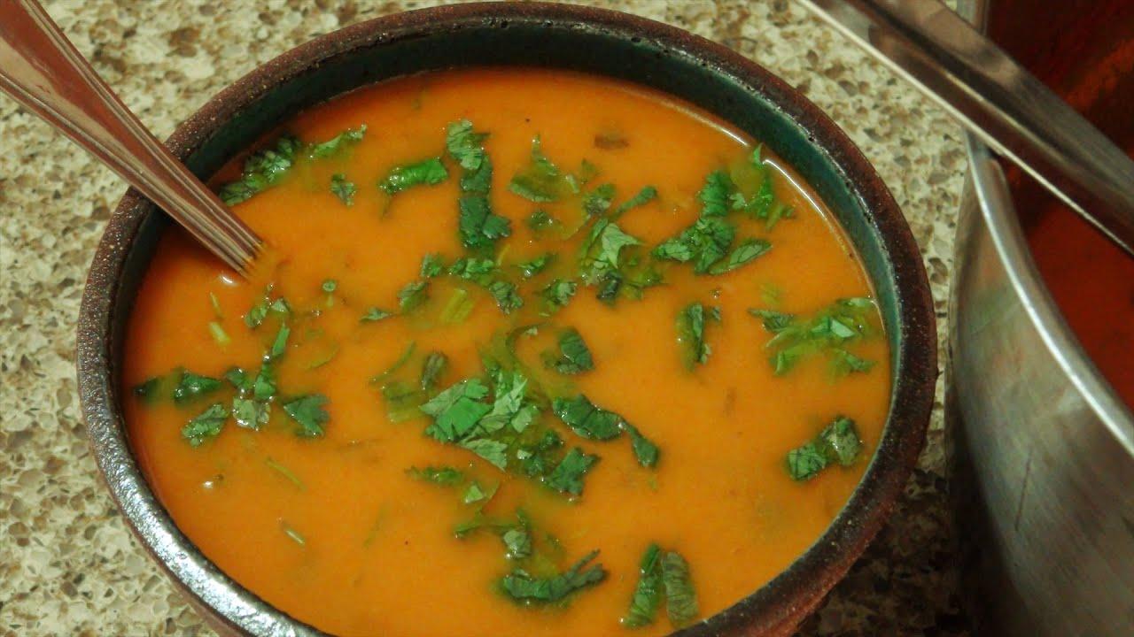 מרק עגבניות הודי: מבשלים עם ונו
