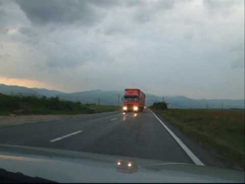 Overtaking cars in Romania - Live and let die...