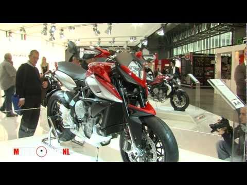MV Agusta RIVALE 800