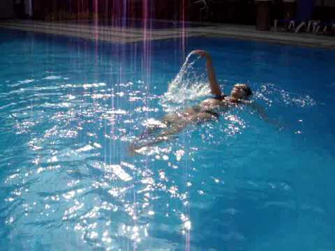 34 Weeks Preggo Swimming