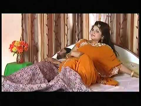 Bhojpuri Hot Video   Bahiyaan Mein Apne Bharila Full Song by Bhojpuri Queen Kalpana