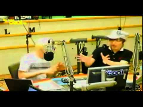 110721 Eunhyuk Leeteuk dancing crazily - Having An Affair(GG- G Dragon & Park Myung Soo)
