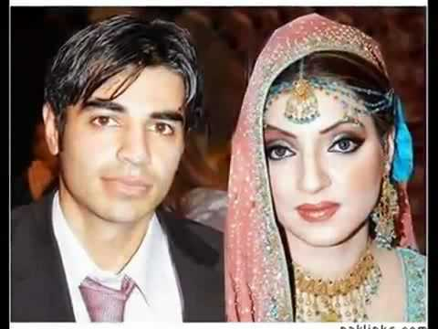Pakistan Cricket Team - Players Wife, Girlfriends and Family mates.avi
