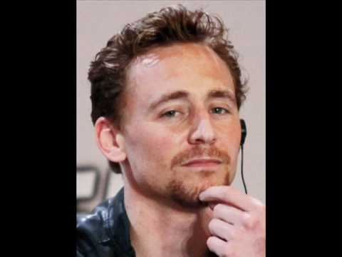 The Red Necklace - Read by Tom Hiddleston - CD 1 Track 2