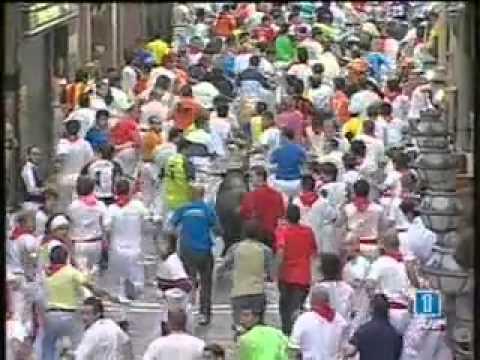Encierro San Fermín   12 Julio 2006 360p